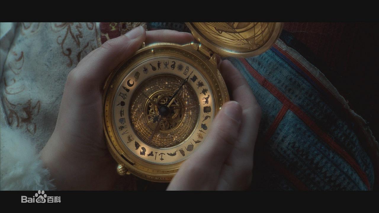 《黑暗物质三部曲之金罗盘》是一个围绕着早熟的12岁小女孩莉拉