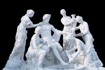 一个男人5个女仆伺候 这个雕塑叫什么?是哪个的