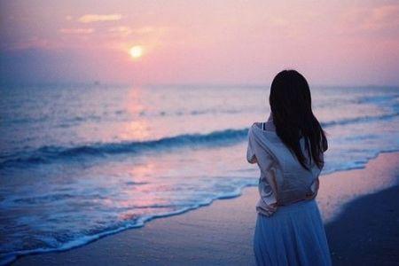 海边的情侣头像.图片