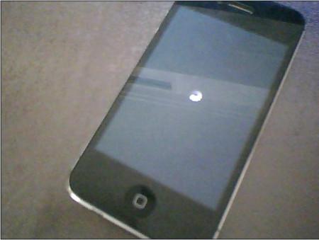 iphone4s圆圈右上角有个一半图纸里面有个锁的挤塑屏幕机头图片