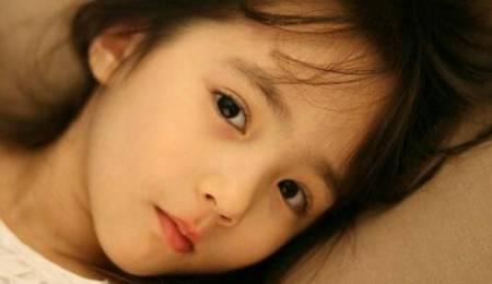 韩国混血儿小萝莉克里斯汀娜_韩国混血儿小萝莉克里斯汀娜萌爆网络海量私