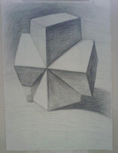 我是素描初学者,最近画了两幅素描画,求大师指点图片