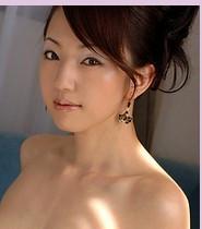 请问这个日本美女叫什么名
