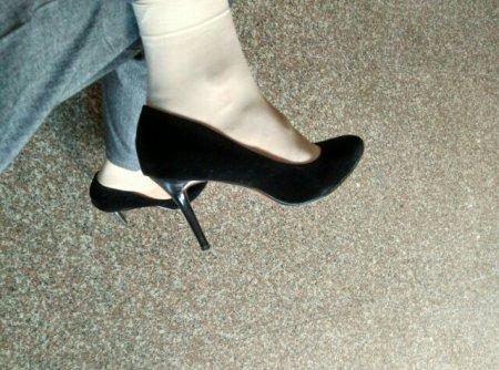 男人穿高跟鞋行吗?图片