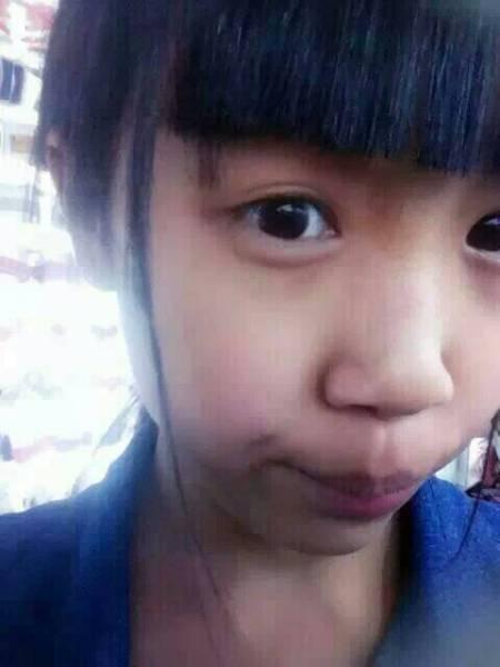 15岁小女孩B 15岁小女孩性感照片 15岁小女孩B