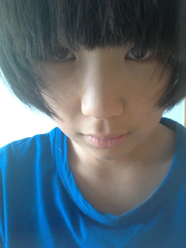 高一要求头发不过眉,齐耳短发 额 要怎么剪_百度知道图片