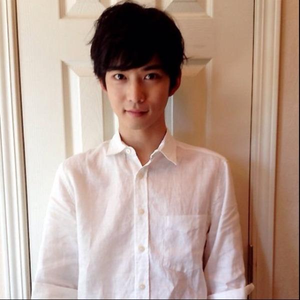 这个日本男生是谁'