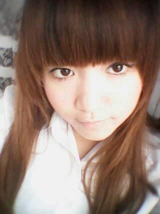 我喜欢长头发的女孩,有长头发的女孩吗?可以让我看看吗?图片