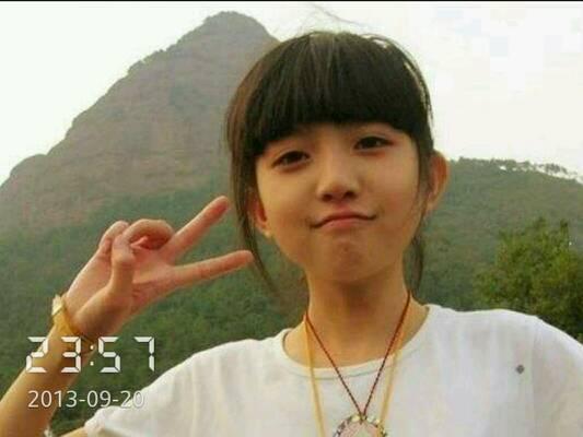 15岁女孩自拍照 百度知道