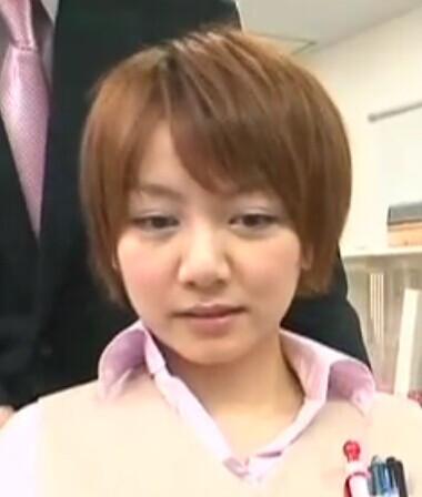 时间停止器办公室那个短头发女优叫什么