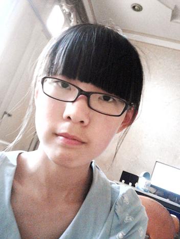 十六岁女孩 戴眼镜 适合什么短发发型 高清图片