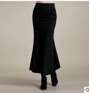 冬季中长裙怎么搭配好看 冬季中长裙的时尚搭配法图片